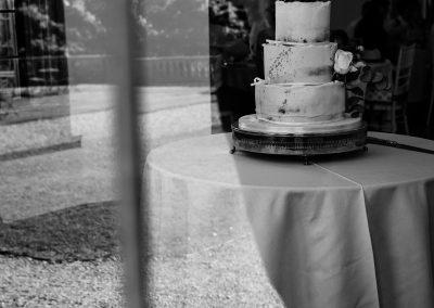 Coombe Lodge wedding, wedding cake